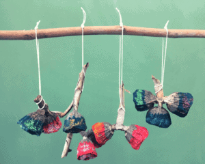 gumnut ornament craft demonstration 03